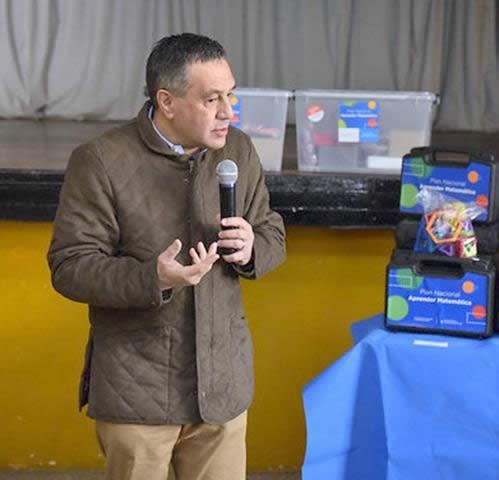 ESCUELAS PRIMARIAS DE LA MATANZA RECIBIRÁN KITS PARA MEJORAR EL APRENDIZAJE DE MATEMÁTICA